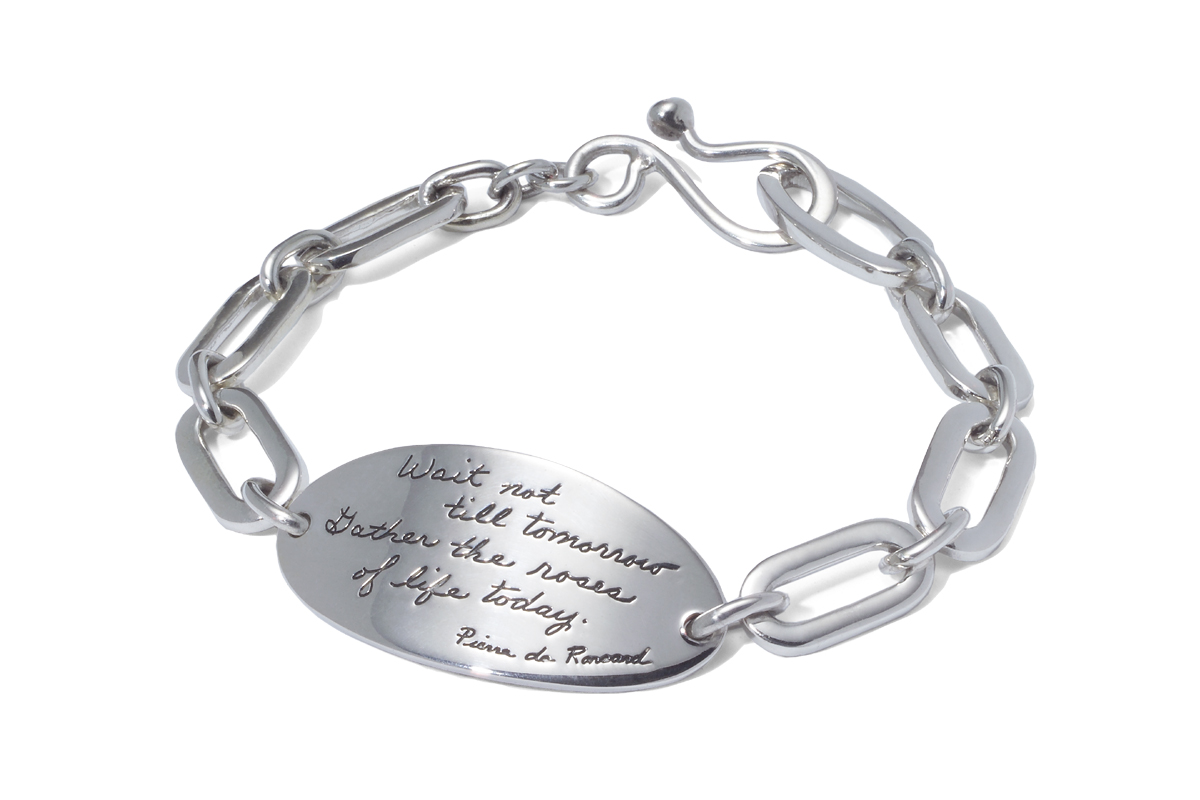 Bracelet with engraved quote - Wait not til tomorrow. Gather the roses of life today. ~Pierre de Ronsard | BB Becker | Inspirational Jewelry